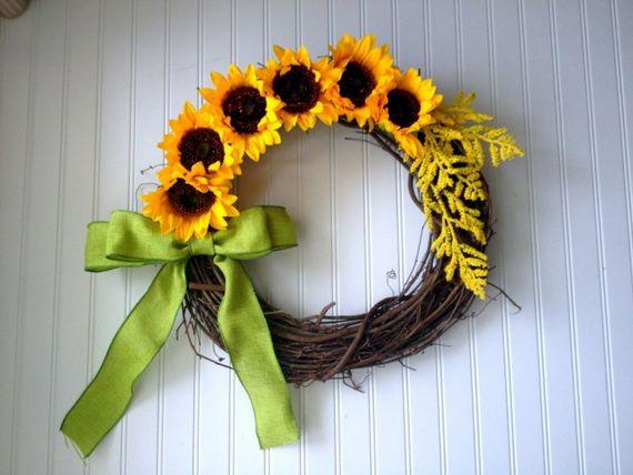 Splendid Fall Wreaths & Door Decoration Ideas And Inspiration_099