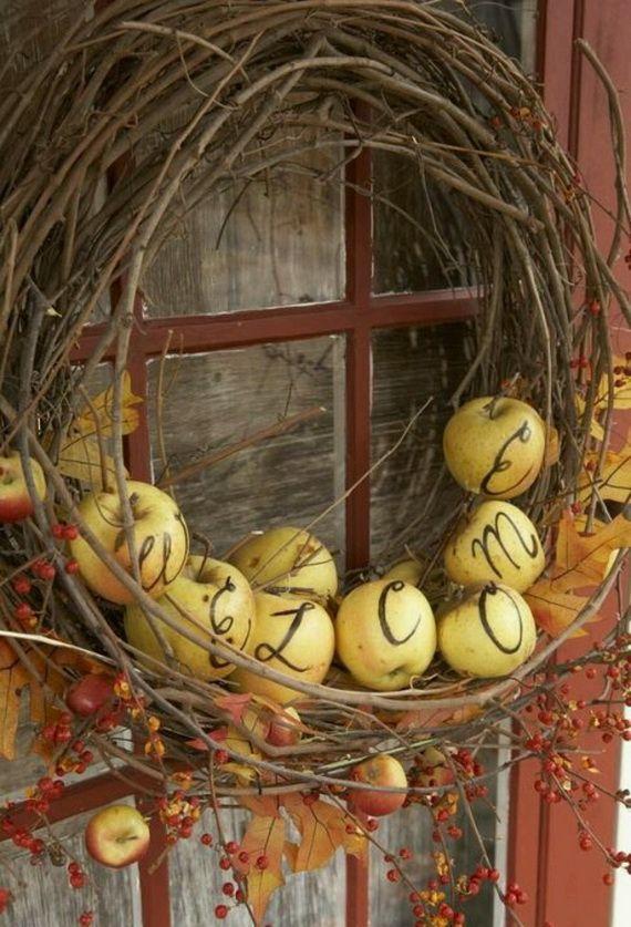 Splendid Fall Wreaths & Door Decoration Ideas And Inspiration_115