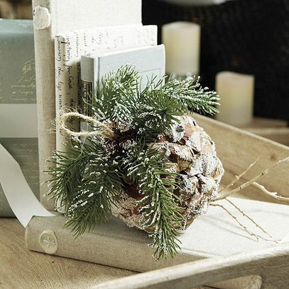 40-Awesome-Pinecone-Decorations-For-the-holidays-22