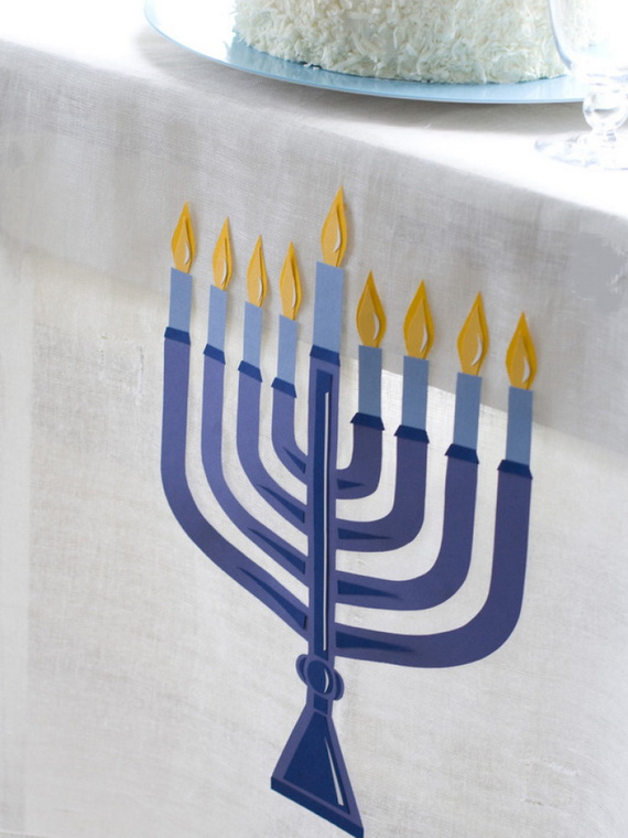 Classic and Elegant Hanukkah decor ideas_78