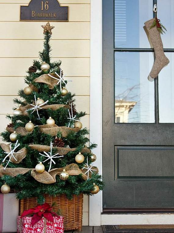 cool-diy-decorating-ideas-for-christmas-front-porch_10