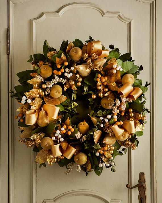 Creative Holiday In Gold Decorating Ideas_12