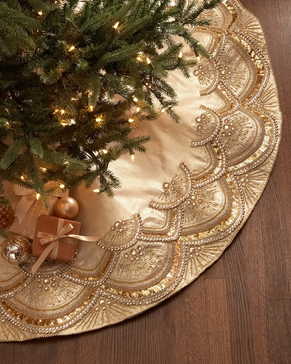 Creative Holiday In Gold Decorating Ideas_25