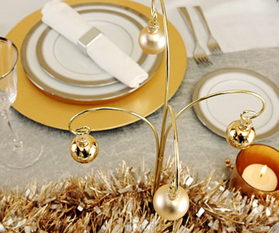Creative Holiday In Gold Decorating Ideas_30