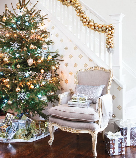 Creative Holiday In Gold Decorating Ideas_35
