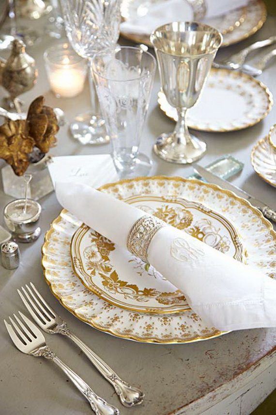 Creative Holiday In Gold Decorating Ideas_43