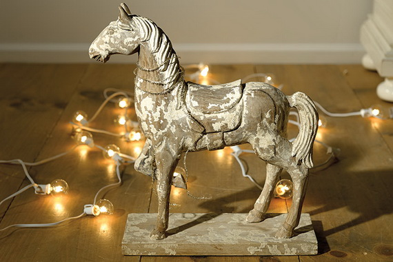 Easy and Elegant Holiday Decor Tip Ideas  Real Simple_098