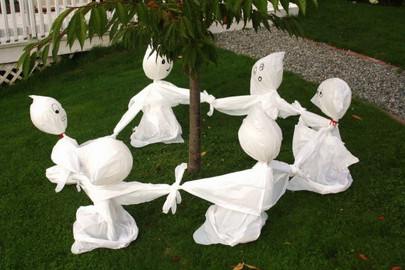 Ghostly Halloween Decoration Ideas for October 31st_35