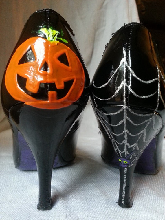 Gorgeous Halloween Wedding Shoes Inspirations For a Spooky Big Day_12