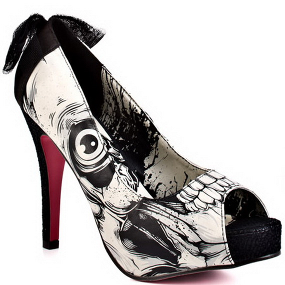 Gorgeous Halloween Wedding Shoes Inspirations For a Spooky Big Day_16