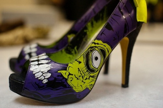 Gorgeous Halloween Wedding Shoes Inspirations For a Spooky Big Day_26