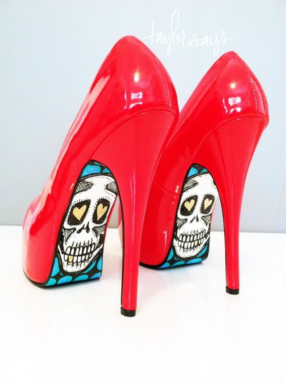 Gorgeous Halloween Wedding Shoes Inspirations For a Spooky Big Day_30