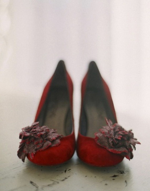 Gorgeous Halloween Wedding Shoes Inspirations For a Spooky Big Day_37