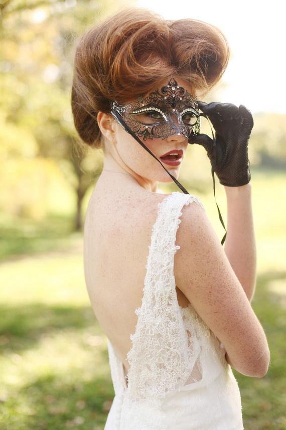 Halloween Themed Wedding Inspiration Ideas_09