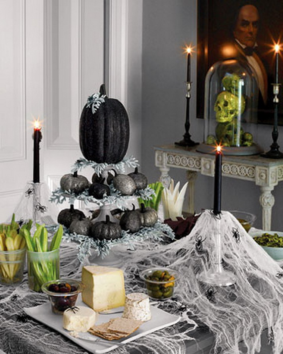Hauntingly Spooky Dark Interiors Inspired By Halloween_02