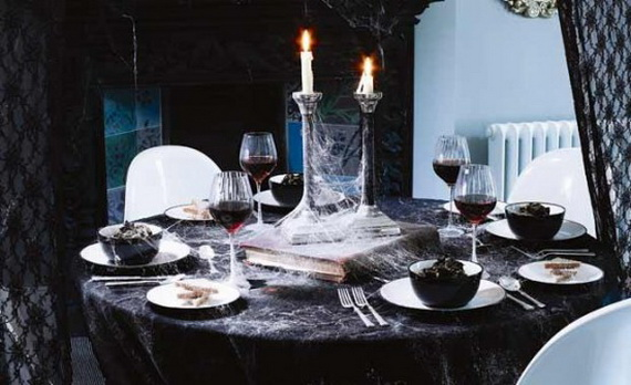 Hauntingly Spooky Dark Interiors Inspired By Halloween_27
