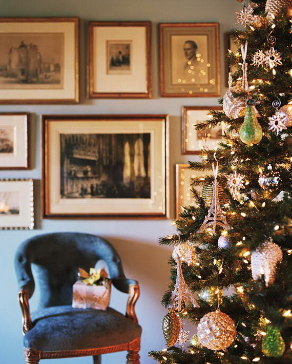 How to Decorate a Christmas Tree Traditionally In Easy Steps_20