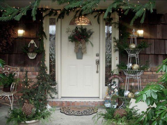 56 Stunning Christmas Front Door Décor Ideas