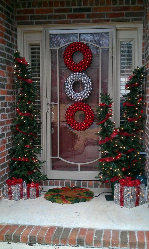 56 Stunning Christmas Front Door Decor Ideas