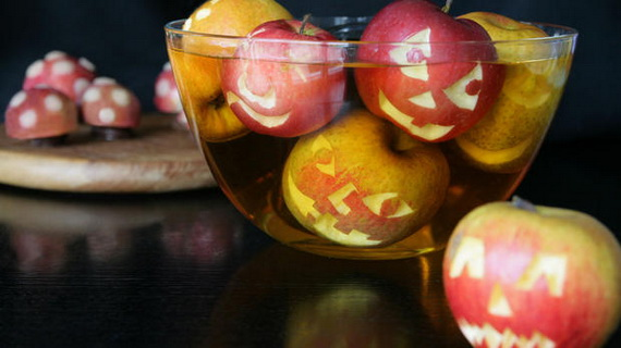 Sweet and salty Edible Halloween Decoration Ideas for kids _08