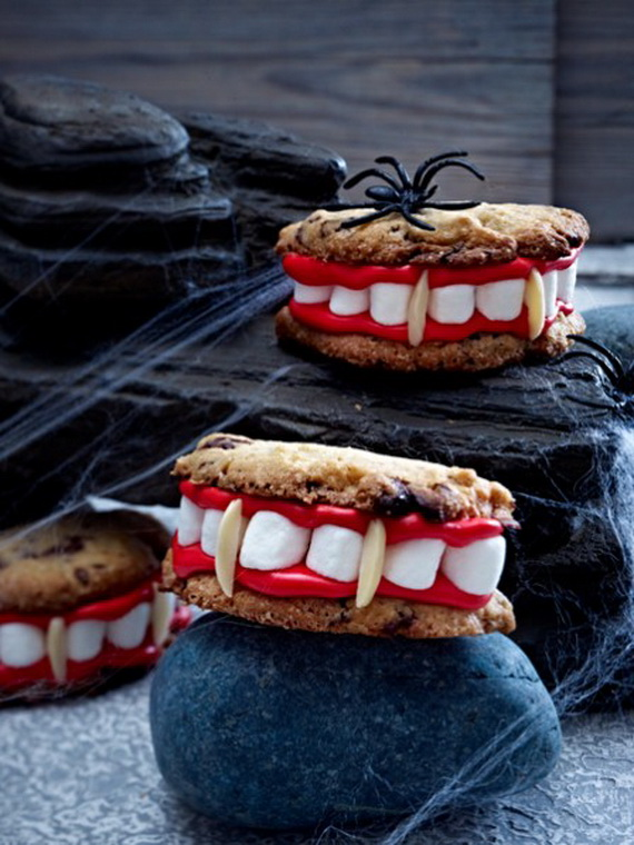 Sweet and salty Edible Halloween Decoration Ideas for kids _38