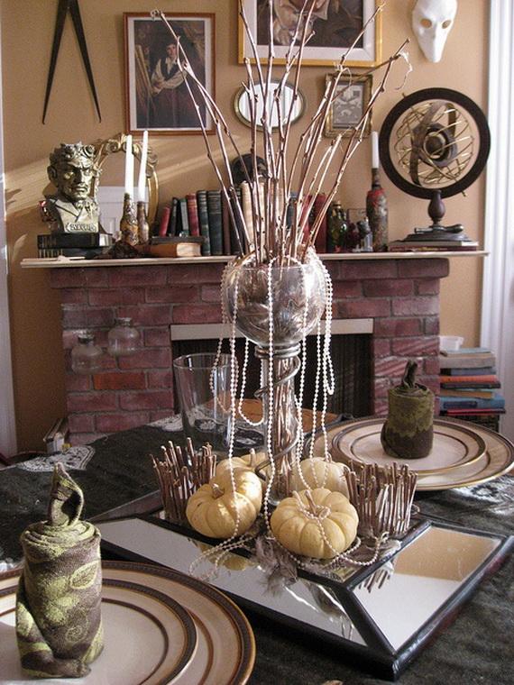 Whimsical Spooky Halloween Table Decoration Wedding Ideas _54
