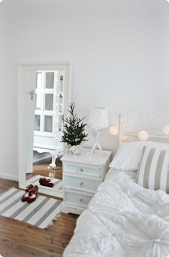 Adorable Bedroom Decor Ideas For Christmas and Special Occasion _30