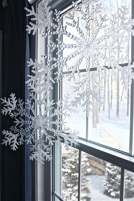 Creative Christmas Snowflake Decorating Ideas_044