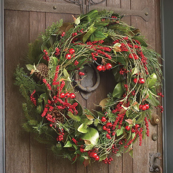 Creative Christmas Wreath Decor Ideas_06