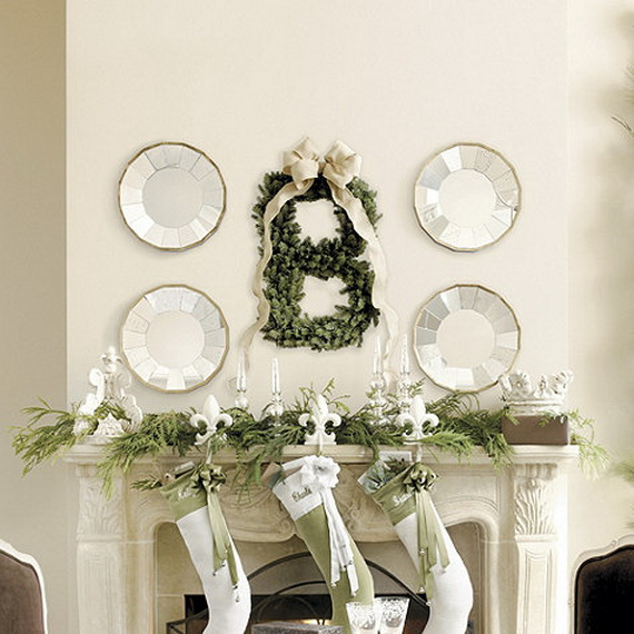 Creative Christmas Wreath Decor Ideas_60