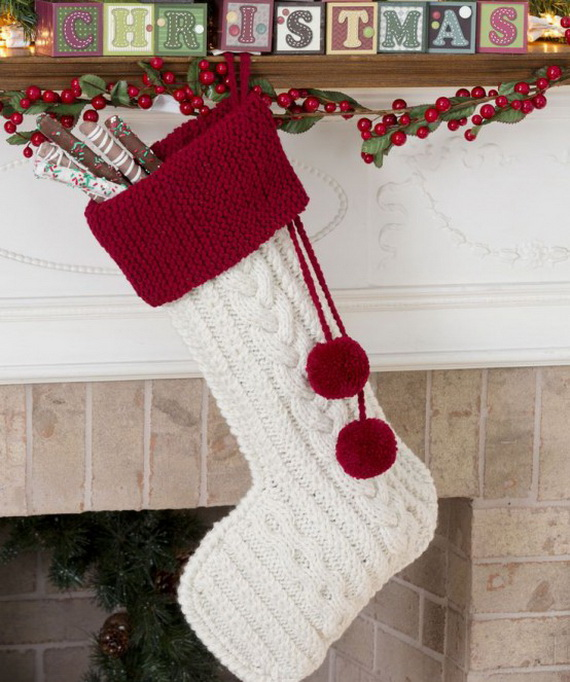 Cute And Cozy Knitted Christmas Decorations_03