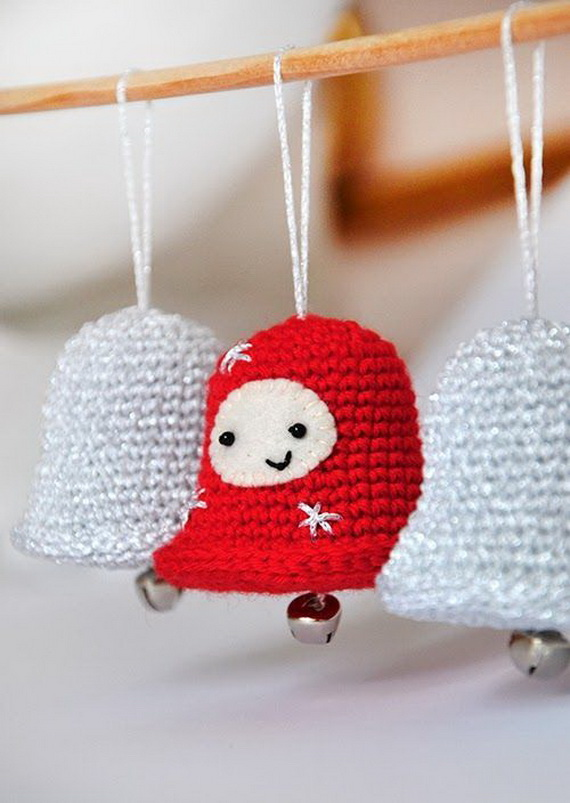 Cute And Cozy Knitted Christmas Decorations_09