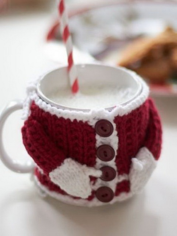 Cute And Cozy Knitted Christmas Decorations_22