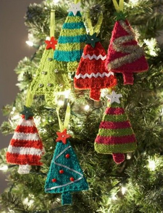 Cute And Cozy Knitted Christmas Decorations_26