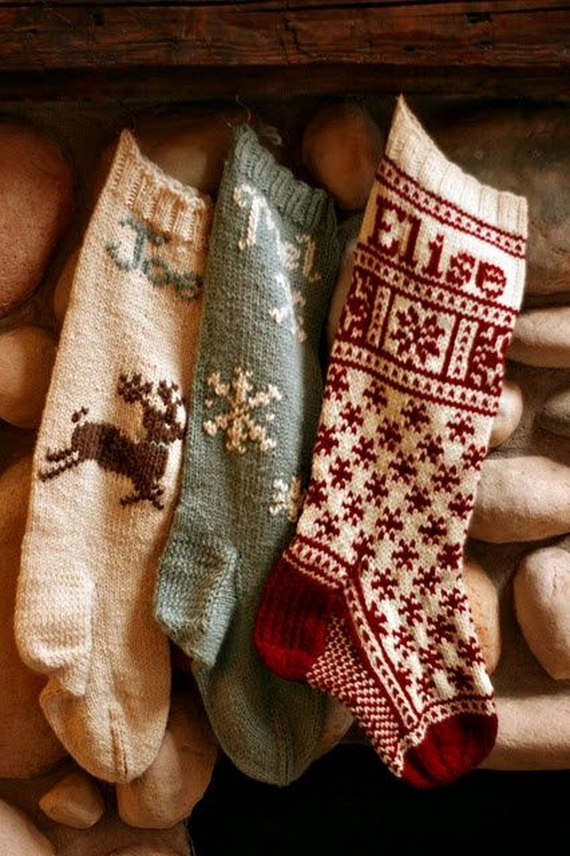 Cute And Cozy Knitted Christmas Decorations_31