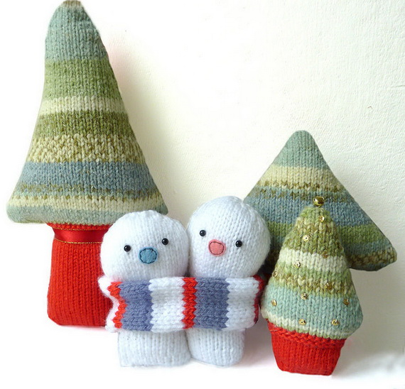 Cute And Cozy Knitted Christmas Decorations_60