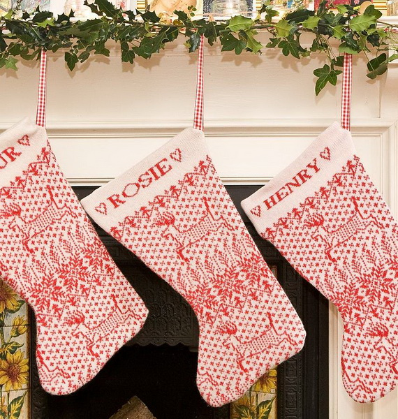 Cute And Cozy Knitted Christmas Decorations_65