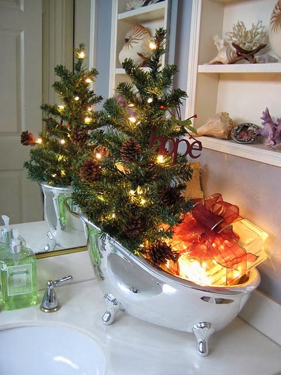 Festive Bathroom Decorating Ideas For Christmas_23