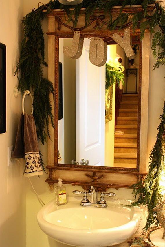 Festive Bathroom Decorating Ideas For Christmas_24