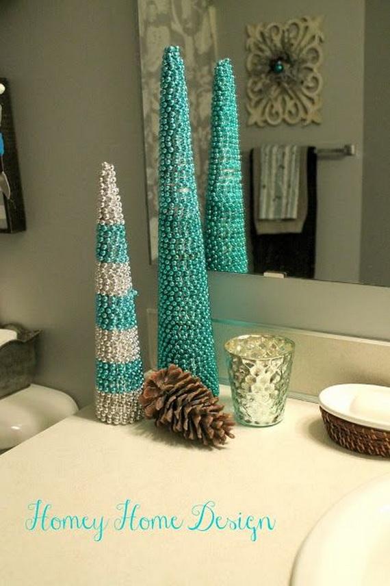 Festive Bathroom Decorating Ideas For Christmas_25
