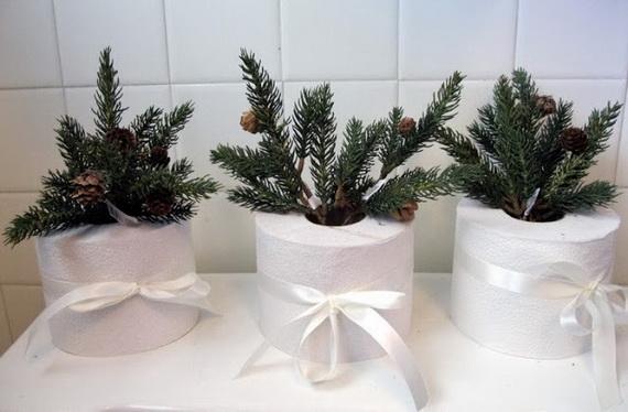 Festive Bathroom Decorating Ideas For Christmas_28