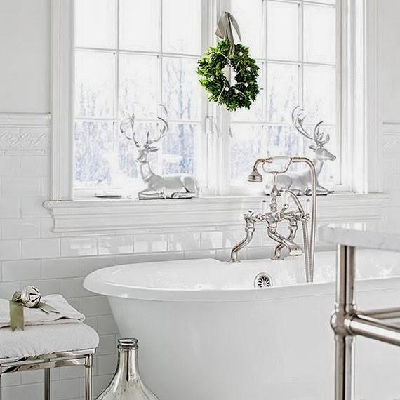 Festive Bathroom Decorating Ideas For Christmas_35