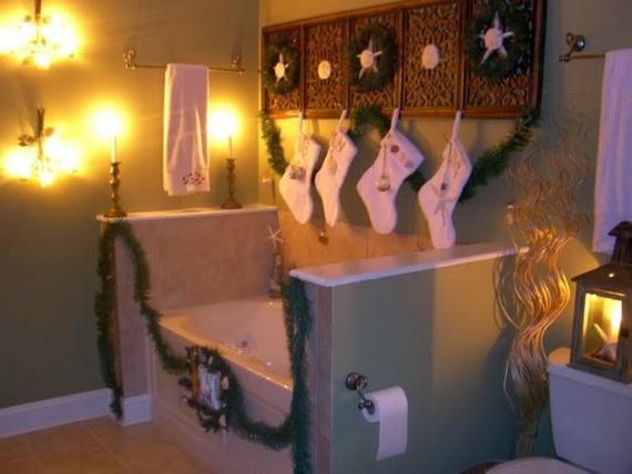 Festive Bathroom Decorating Ideas For Christmas_46