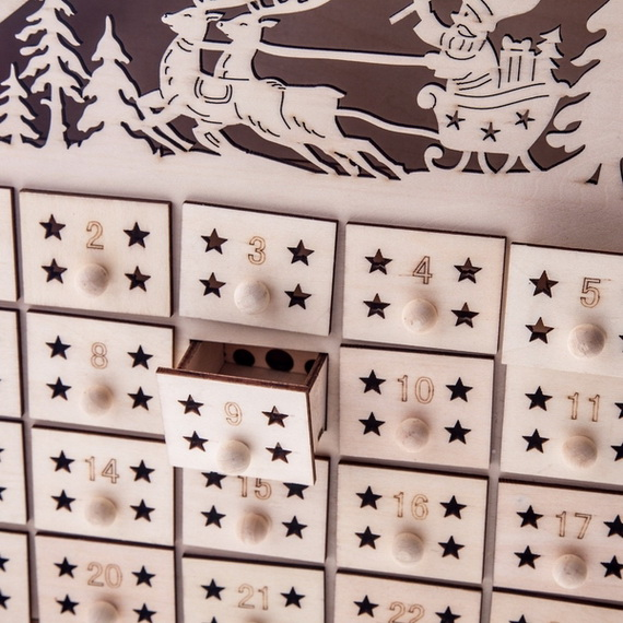 Fun Christmas Crafts With 50 Great Homemade Advent Calendars Ideas_21