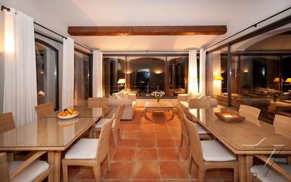 luxury-holiday-villa-rental-near-the-beach-in-st-tropez-villa-bella-_07
