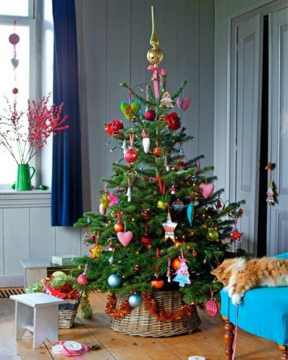 Stylish-Christmas-Tree-tabletop-christmas-trees-LED-garland_resize010