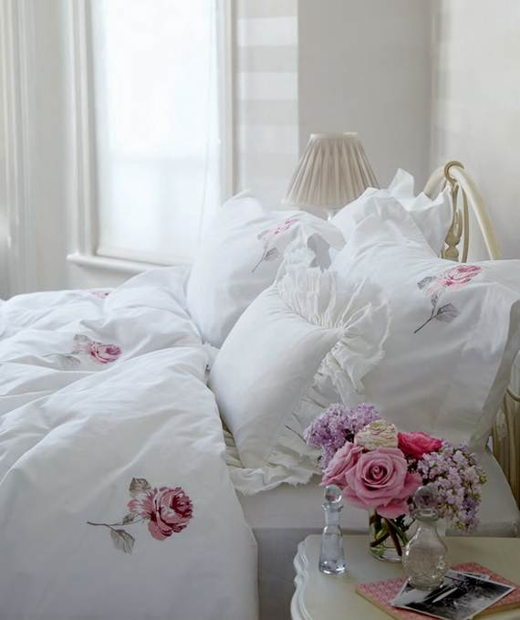 30-Irreplaceable-Romantic-Valentine's-Day-Décor-by-Laura-Ashley_34