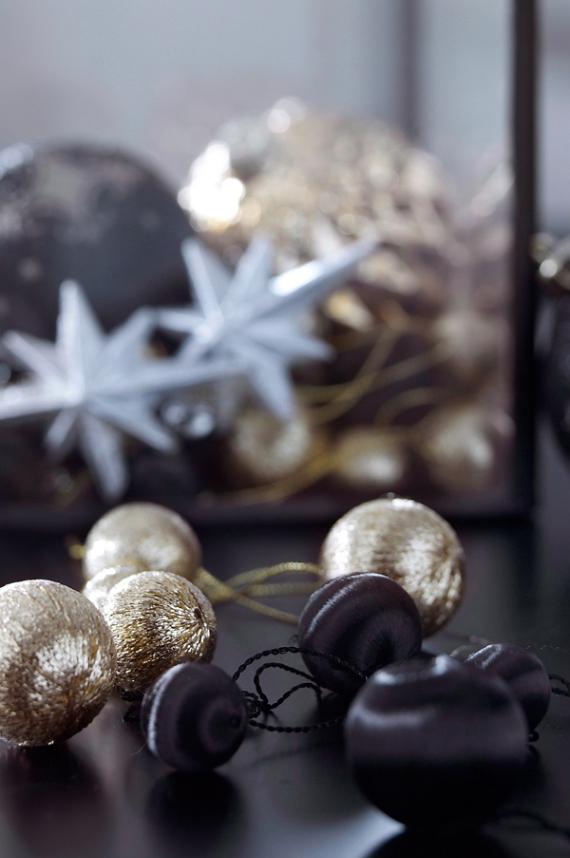 A Little More Festive Scandinavian Christmas Decor (10)