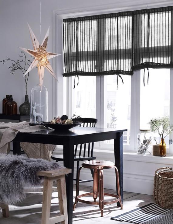 A Little More Festive Scandinavian Christmas Decor (13)