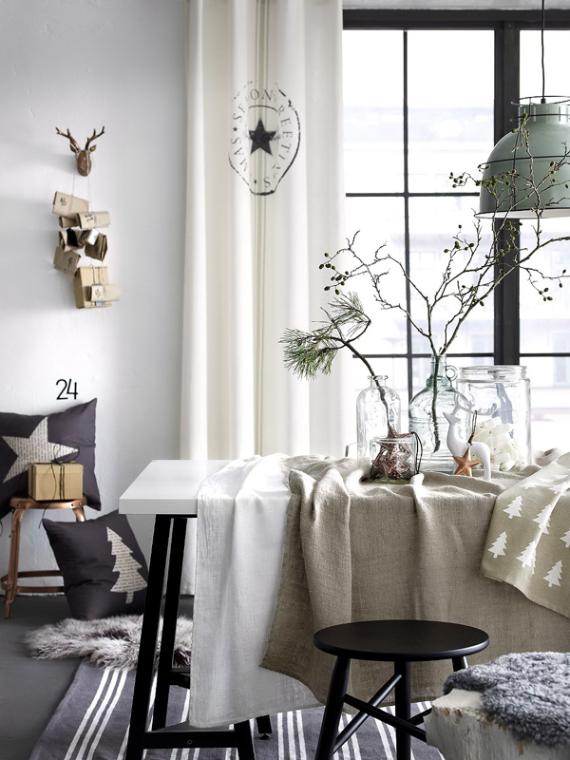 A Little More Festive Scandinavian Christmas Decor - Part ...